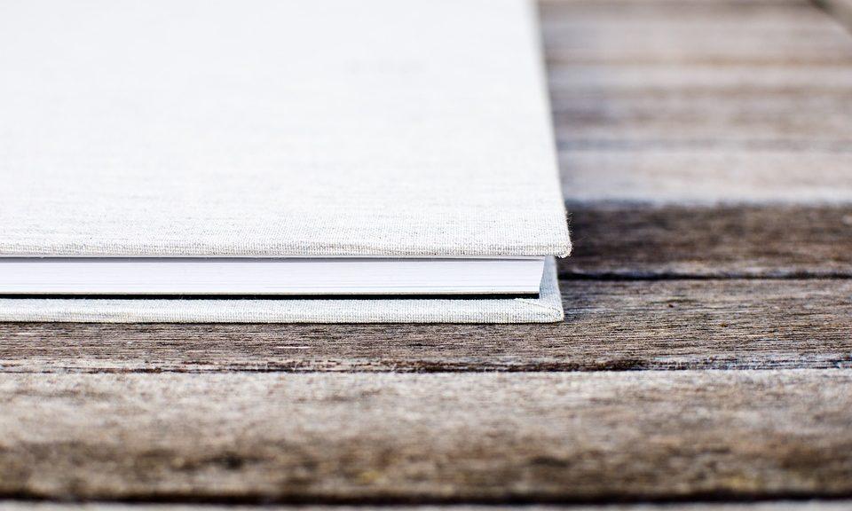 book-1850639_960_720